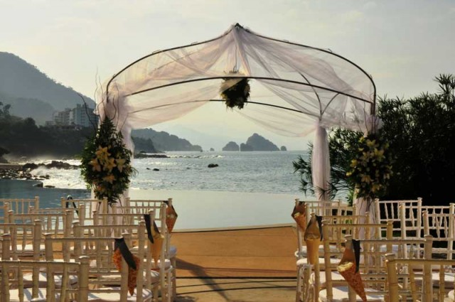 Poolside Wedding Receptions at Garza Blanca Puerto Vallarta