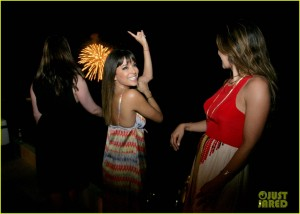 eva-longoria-parties-it-up-in-mexico-for-late-birthday-bash-04
