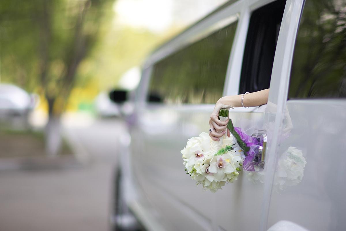 Rolls Royce or a Bentley for Weddings Day