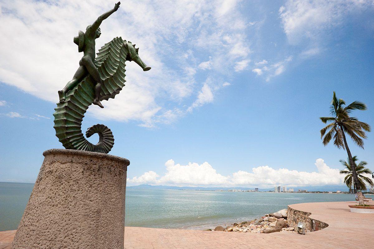 A Guide to Puerto Vallarta's Sculptures