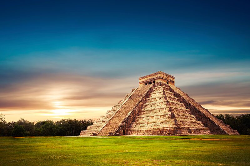 Kukulkan Castle, Chichen Itza - Pyramids of Mexico