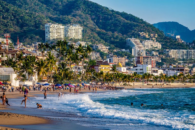 Playa Camarones in Puerto Vallarta