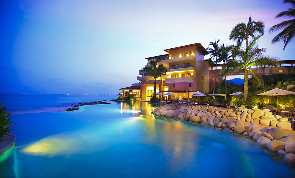 Garza blanca ranks in top 25 luxury hotels in mexico for Best luxury hotels