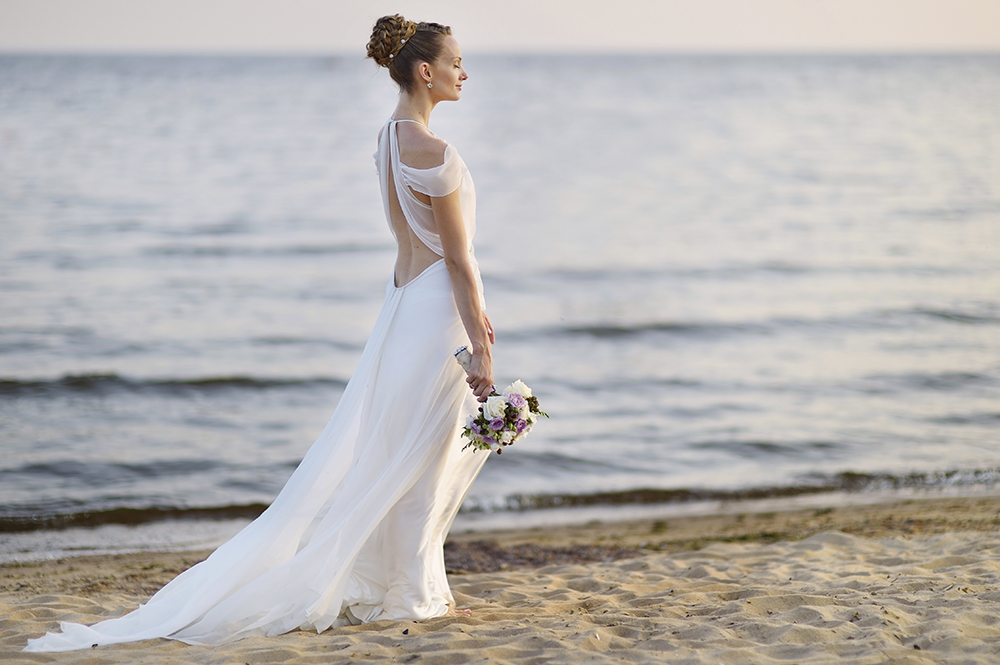 Tips For The Perfect Beach Wedding Dresses