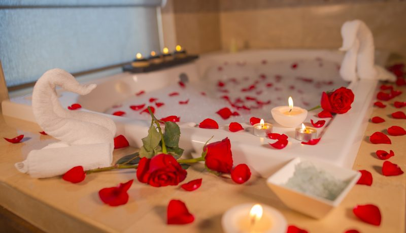 tips for romance on your first honeymoon night