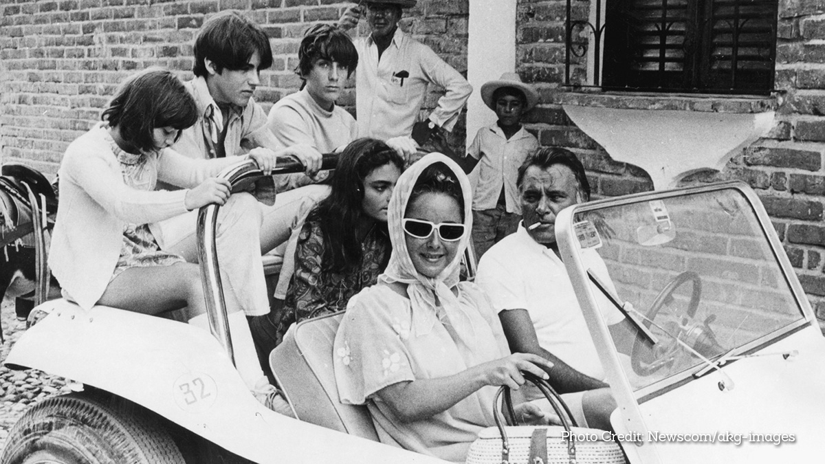Richard Burton and Elizabeth Taylor - A Love Story in Paradise