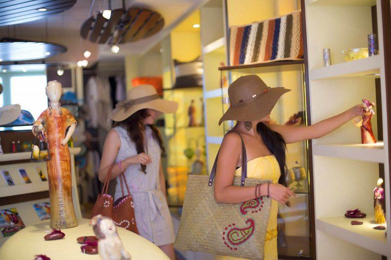 Luxury Shopping Puerto Vallarta Garza Blanca Resort