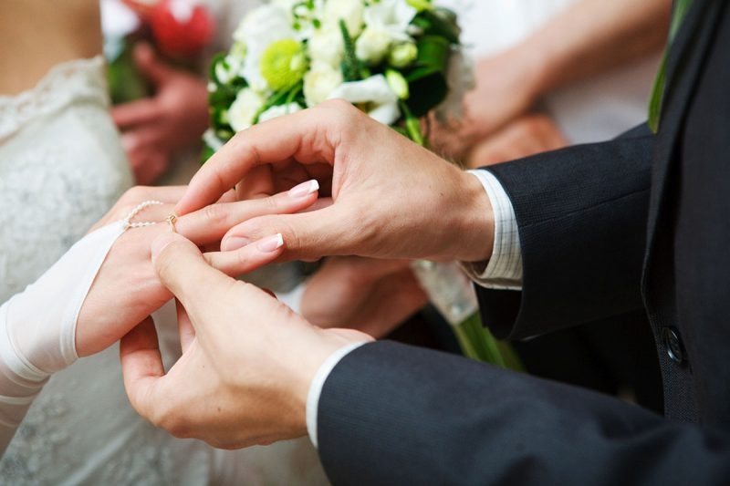 """Weddings - Should you do the """"First Look"""" or Wait?"""