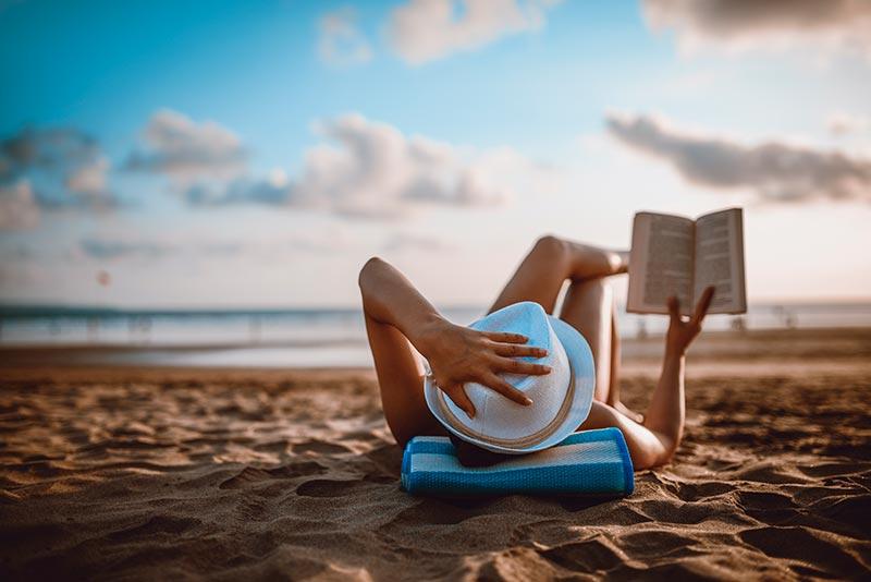 Reading Lovers Beach Los Cabos