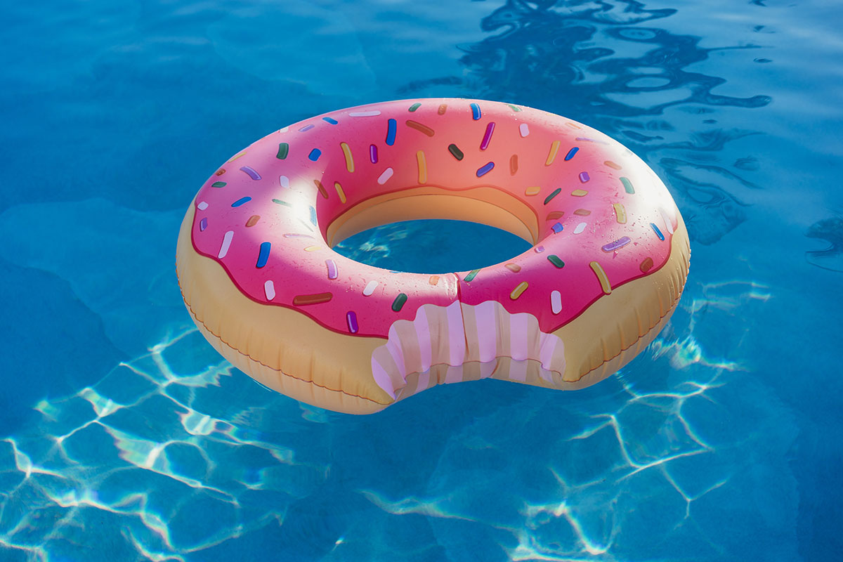 Pool inflatables the strawberry frosted donut