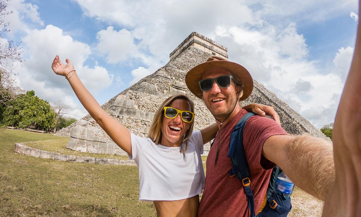 recorrido por las ruinas mayas
