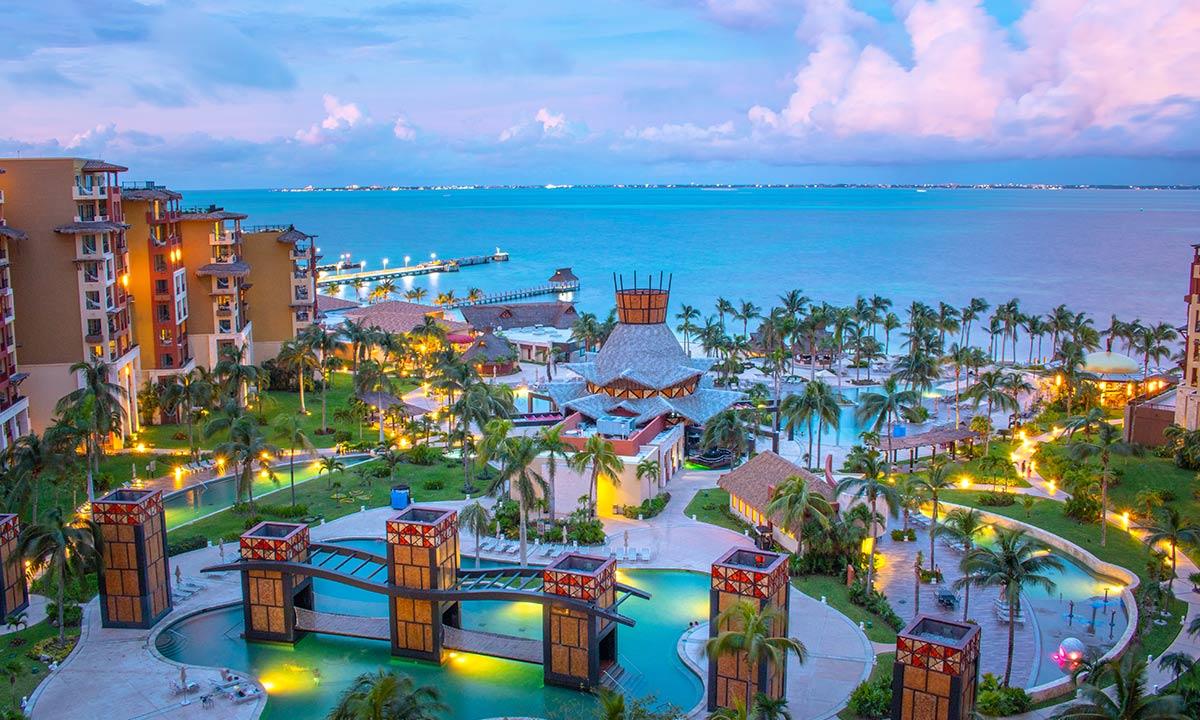 villa del palmar cancun family friendly resort
