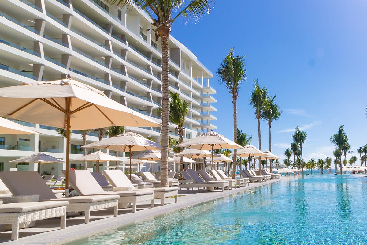 garza blanca cancun pool