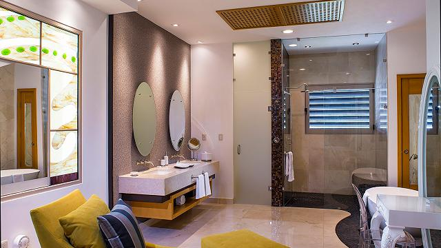 bathroom grand penthouse garza blanca