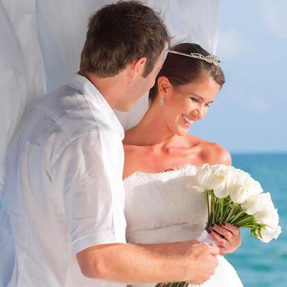 Gemstone Ceremony Wedding Package at Garza Blanca Cancun