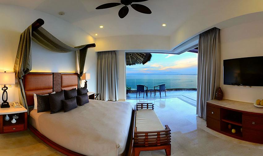 master bedroom Grand Pent House Garza Blanca