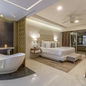 three-bedroom-ocean-front_6