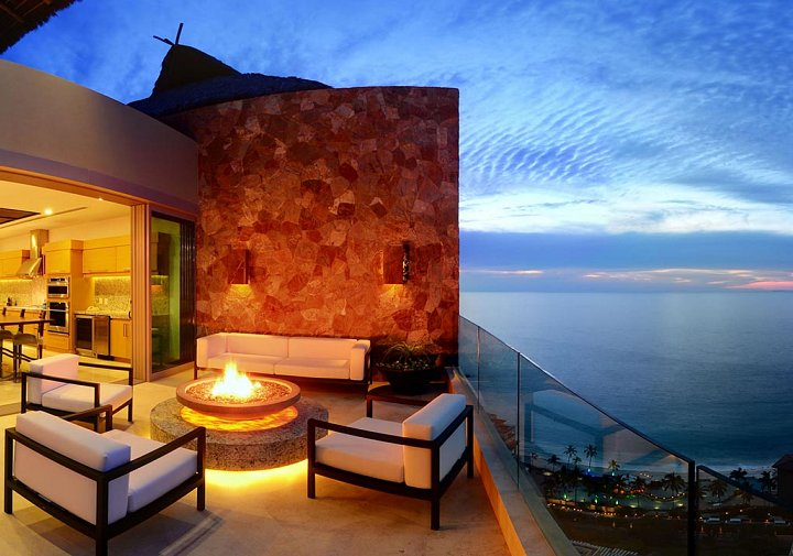 The Grand Penthouse - Private Terrace